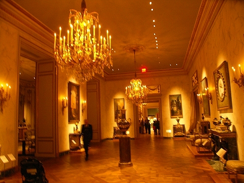 NY- Metropolitan Museum of Art furniture and home galleries