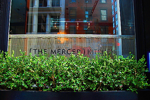 NY- Soho- Windows and Signs- Mercer Kitchen