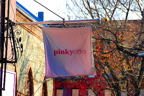 NY- Soho- Windows and Signs Pinkyotto